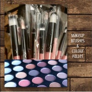 Makeup Brushes & Colour Pallet